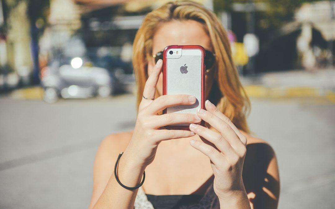 Instagram sta per vietare i selfie